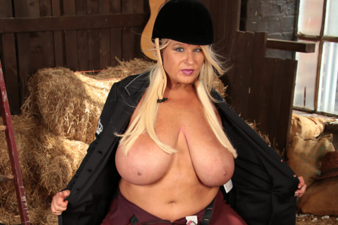 image Uk milf sammy sanders has huge tits