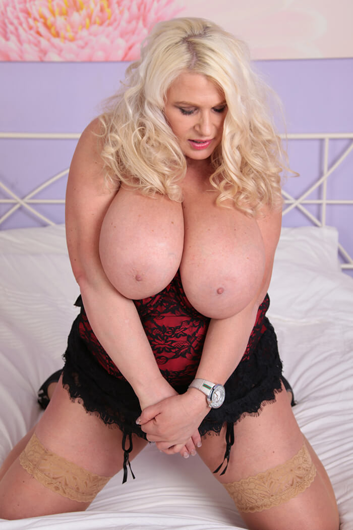 Big tits and fanny